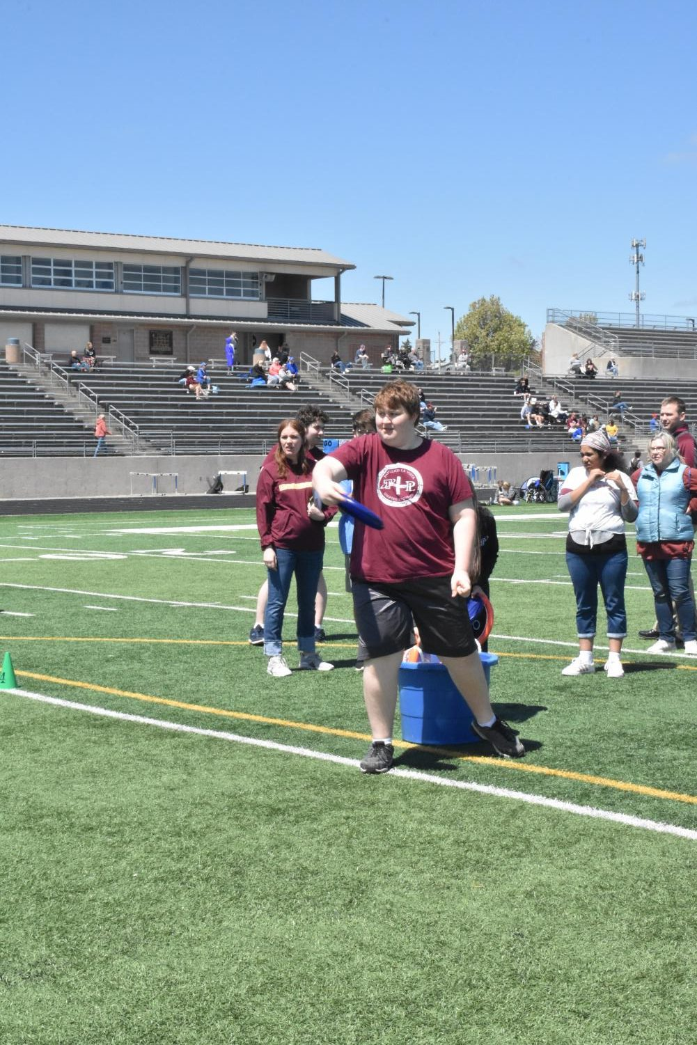 Ben+Taylor+determinedly+throws+a+frisbee.+Although+unconventional+field+events+were+included+in+the+competition%2C+the+athletes+performed+at+a+level+equal+to+a+normal+meet.