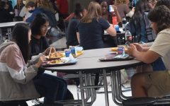PLHS Students at lunch without plexiglass.